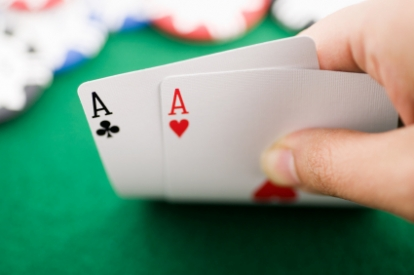Negotiation as Poker — a Study in Cliché